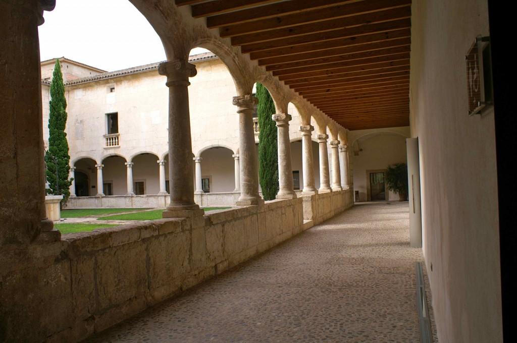 claustre santo domingo
