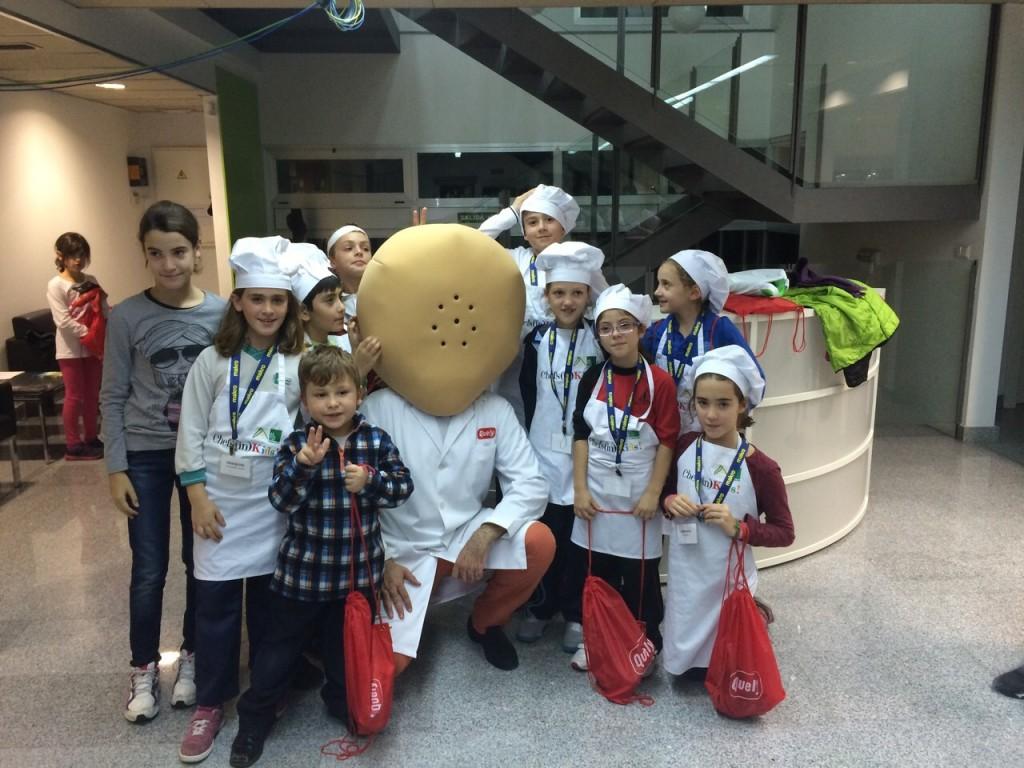 Quely Tapas en los cursos Chefs(in)Kids!