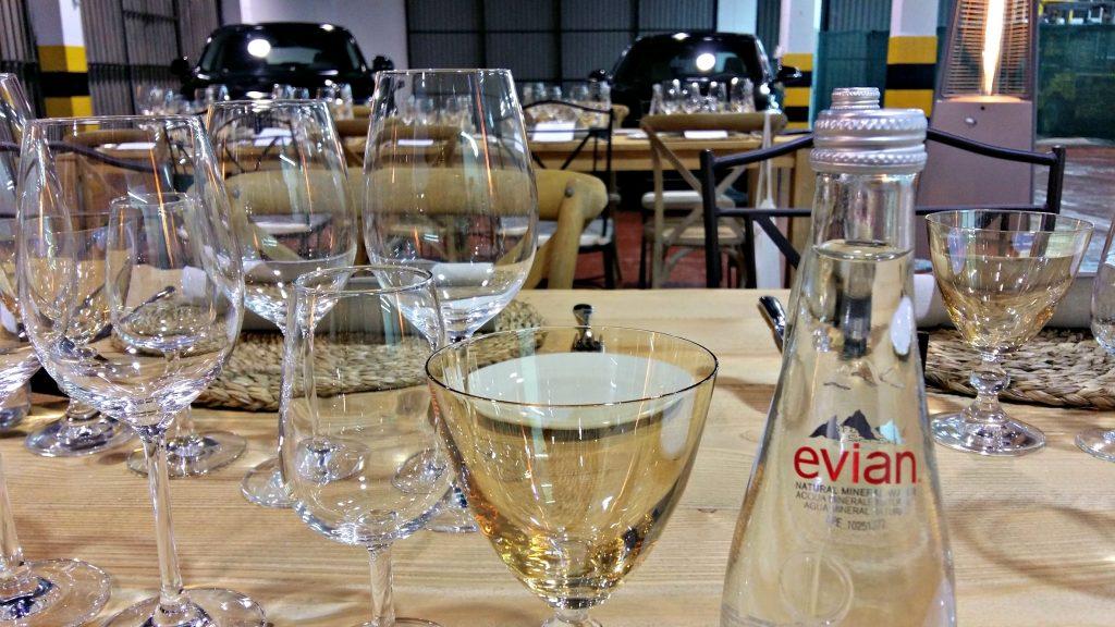 El agua Evian, siempre presente en los eventos Hidden Kitchen