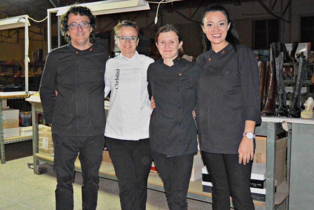La chef Marga Coll y parte del equipo de Miceli
