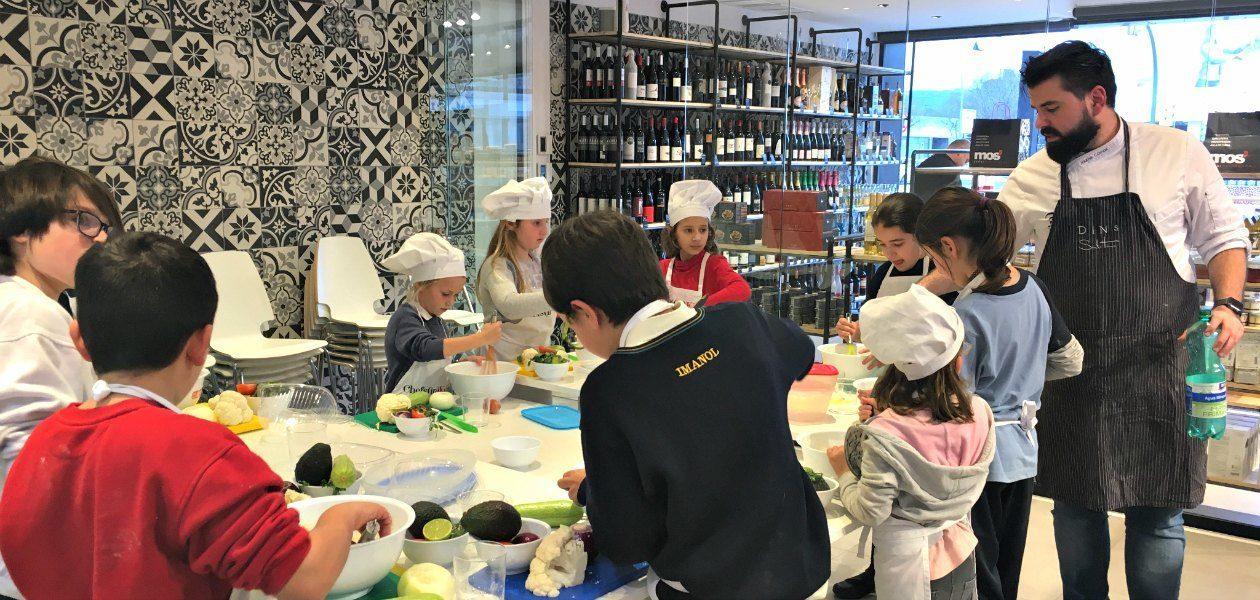 Jaume Comas con los ChefsinKids