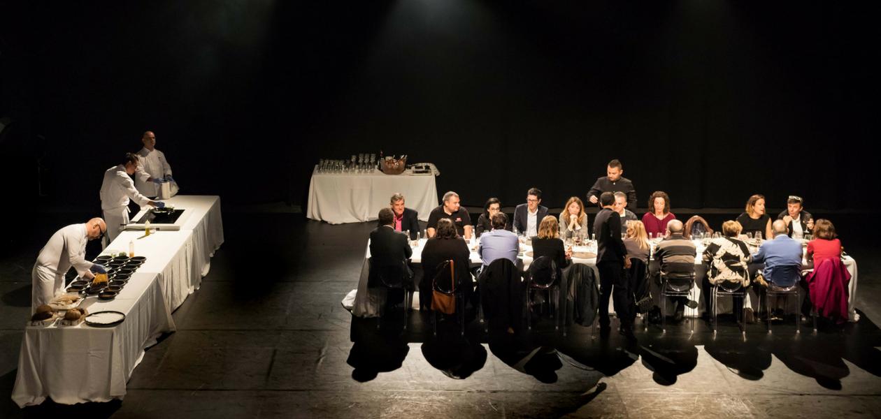 Hidden Kitchen con Oscar Molina en el Teatre de Lloseta - Noviembre 2017 - Mallorca