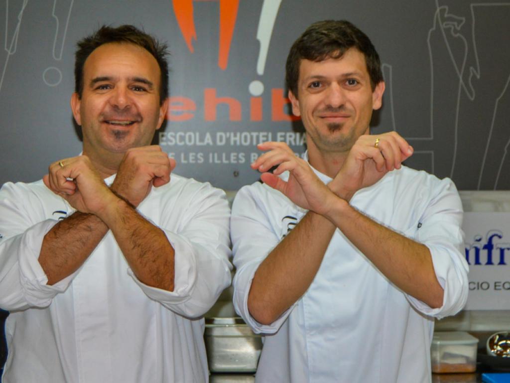 Rodríguez y James, a 4 manos