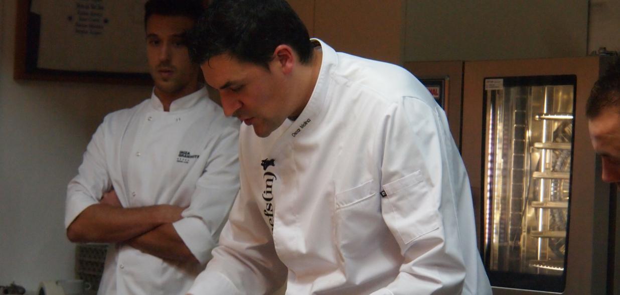 Óscar Molina, chef de La Gaia, en un curso a4manos de Chefsin