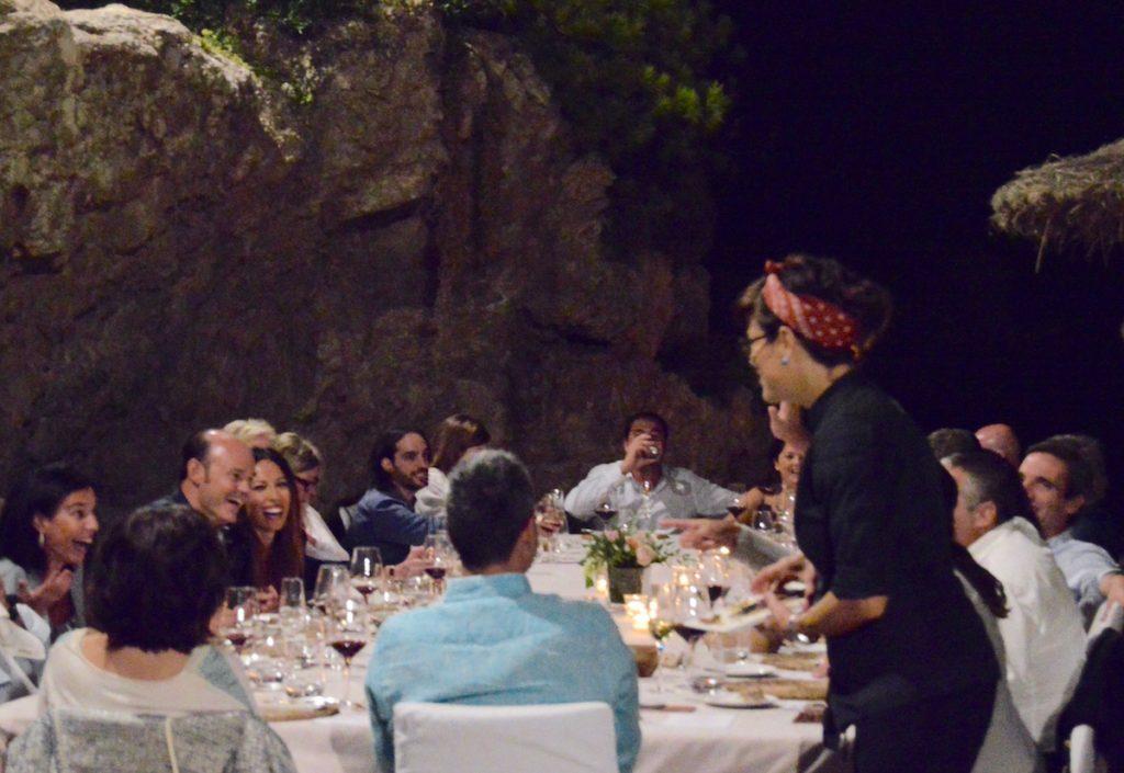 Hidden Kitchen con Miquel Sanchez en Gran Melia de Mar - Vianei con comensales